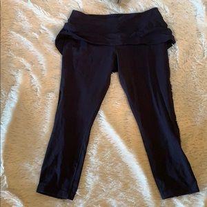 Rare navy cropped lulu leggings